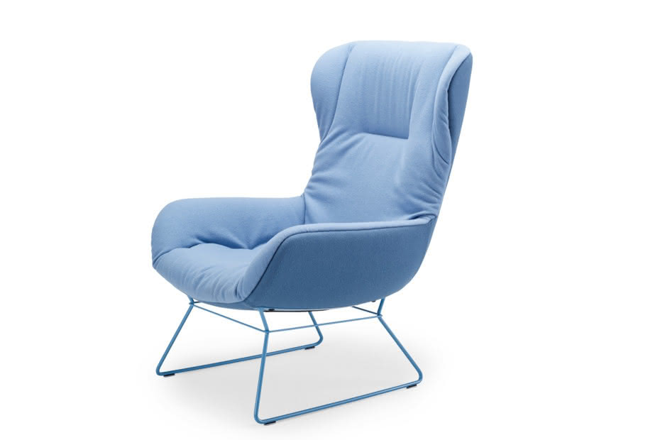 Leya wingback chair with wire frame