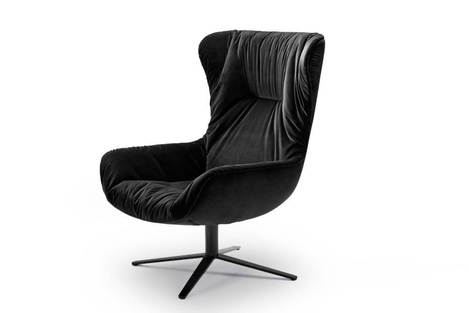 Leya Wingback Chair mit Fußkreuzgestell