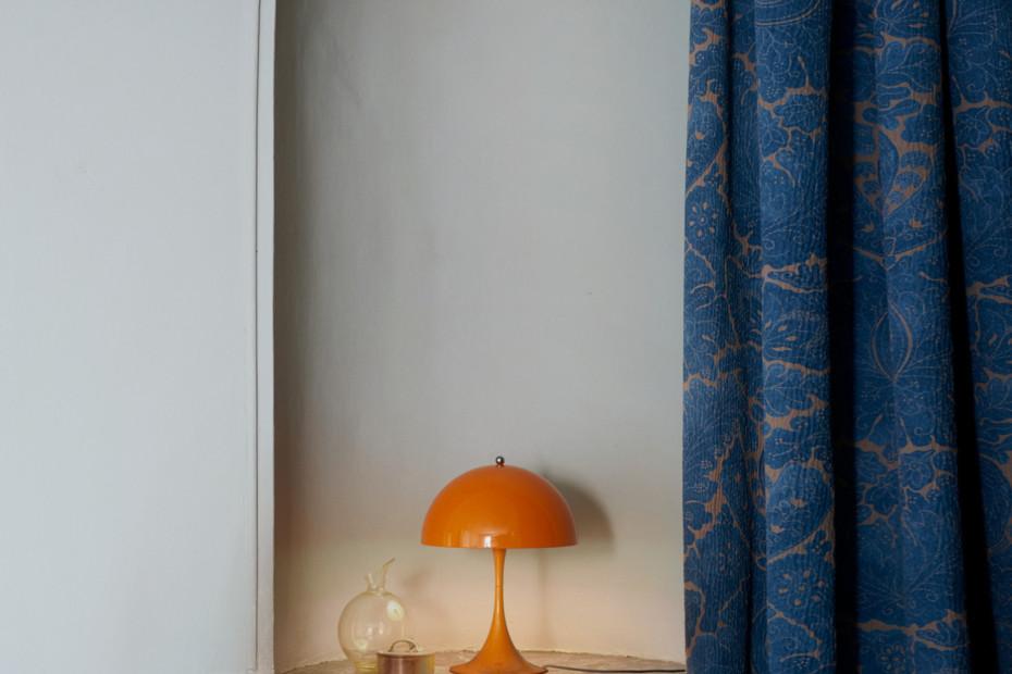 panthella mini tischleuchte von louis poulsen stylepark. Black Bedroom Furniture Sets. Home Design Ideas