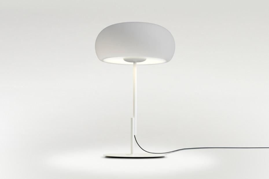 Vetra table lamp