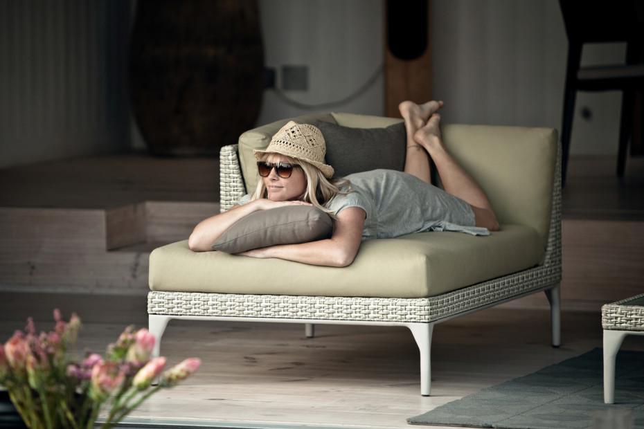 MU lounge chair