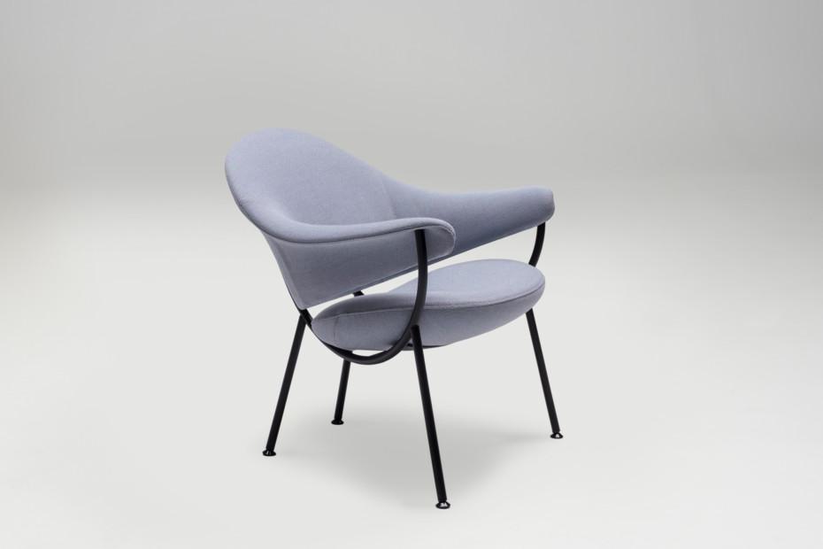 Phoenix easy chair