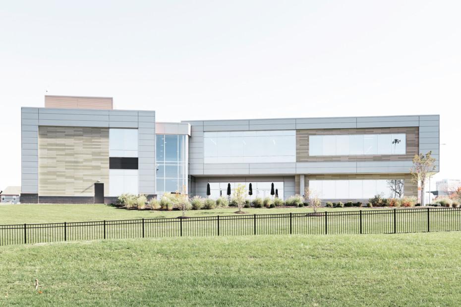 öko skin, Messer Constructions Headquarter