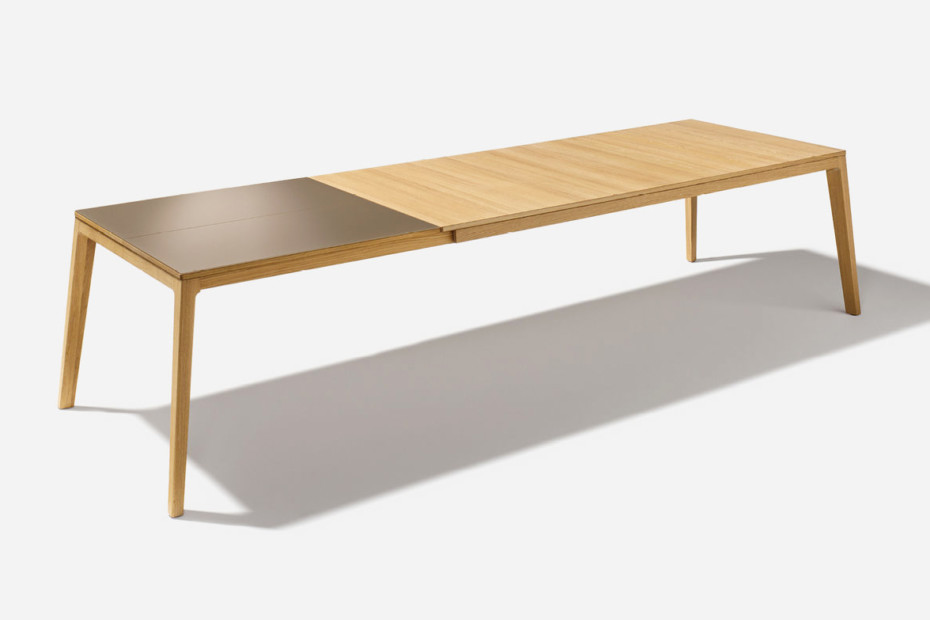 mylon table