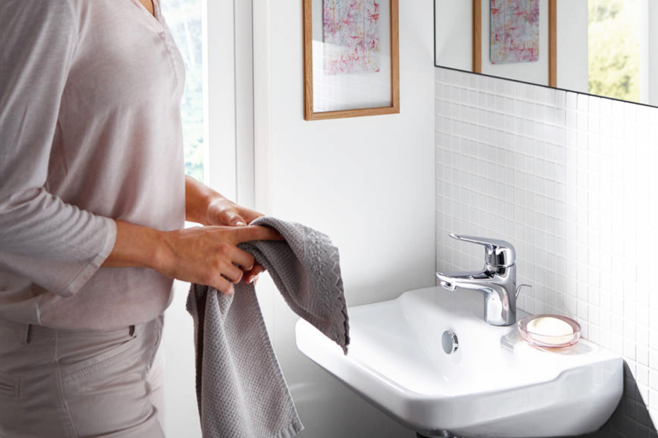Novus Einhebel-Waschtischmischer 70 CoolStart mit Push-Open Ablaufgarnitur