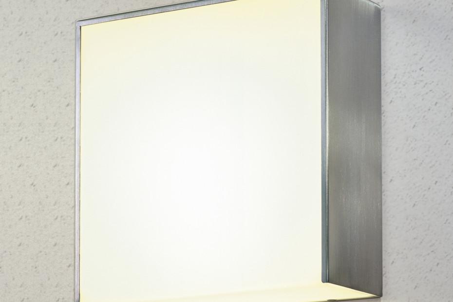 mono 3a LED