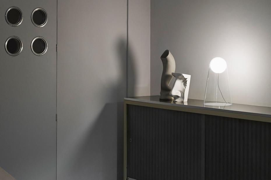 Satellight table lamp