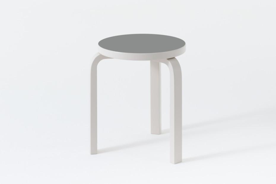 L-Leg stool