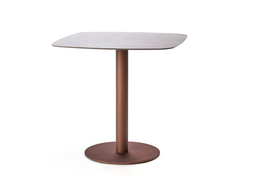 Flamingo Indoor Tisch mit elliptischer Platte T969 E