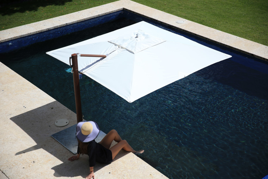 Vineyard Pool Side, Swim Under Cantilever