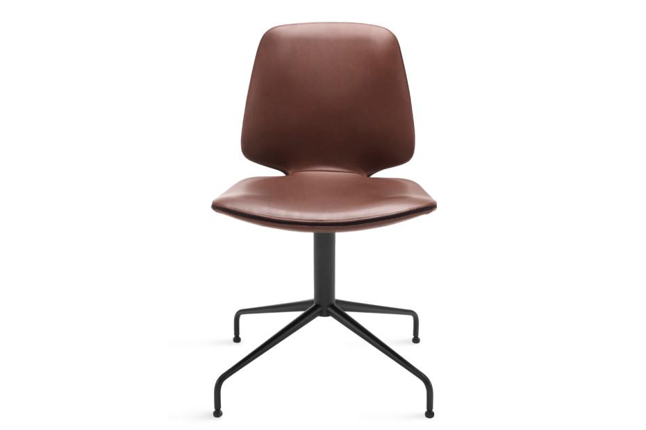 Tilda chair with trestle leg