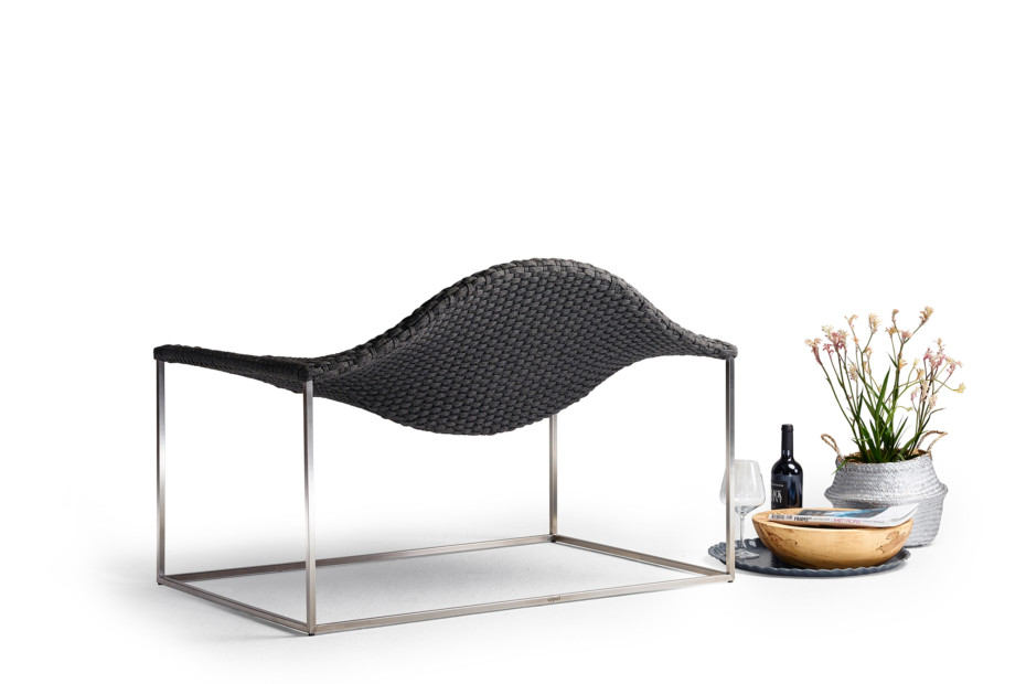 Wave lounge armchair