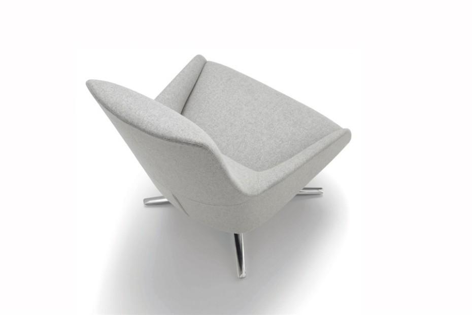 Alya Loungesessel mit Vierstern-Fuß