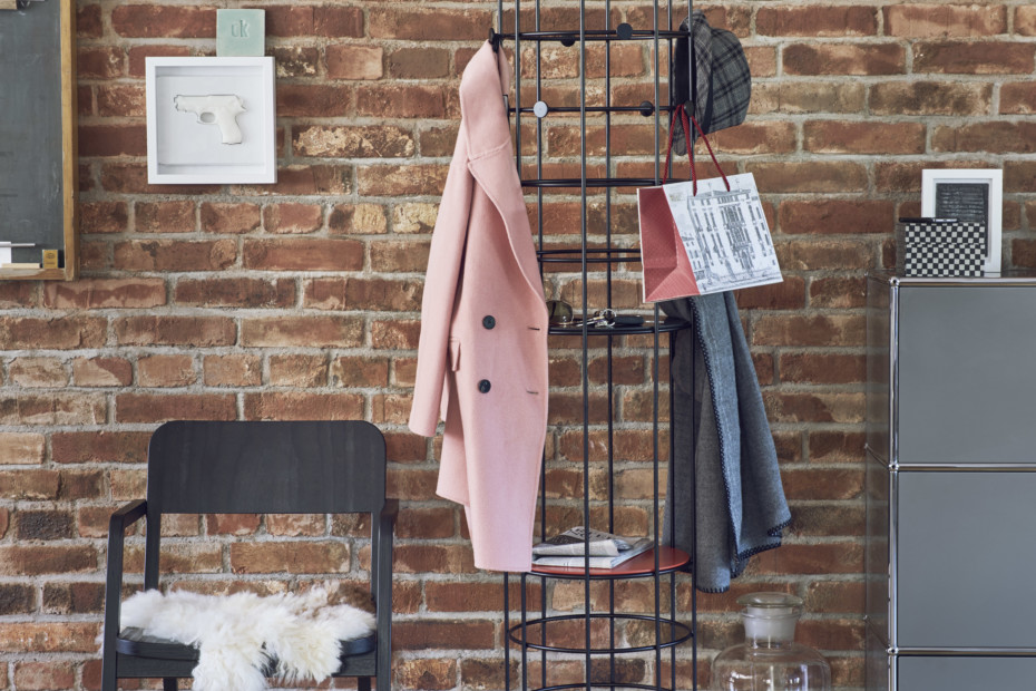 Bazar coatrack
