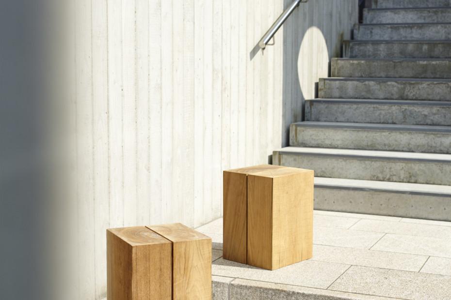 Blocc teak cube