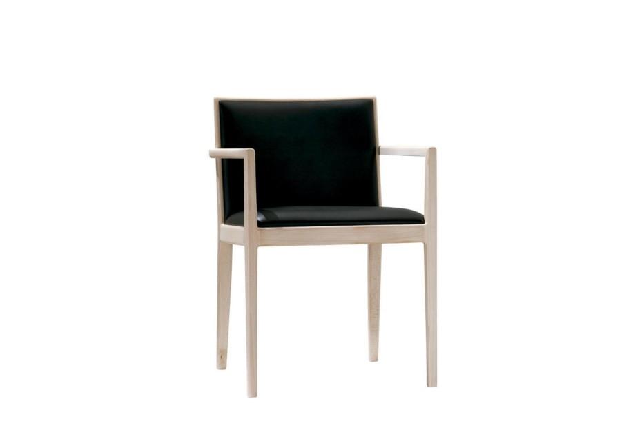 Carlotta armchair