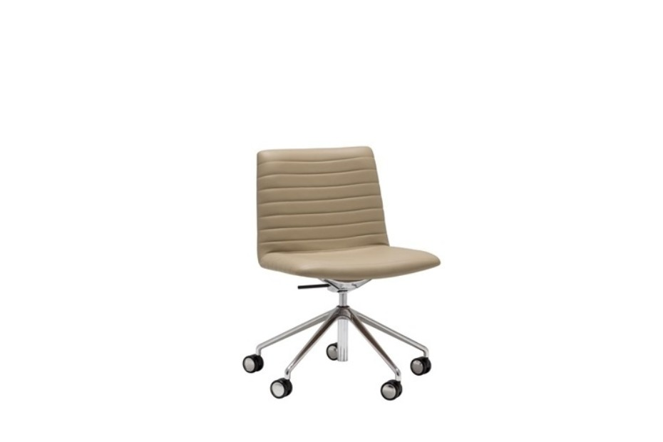Flex Executive with castors and low back