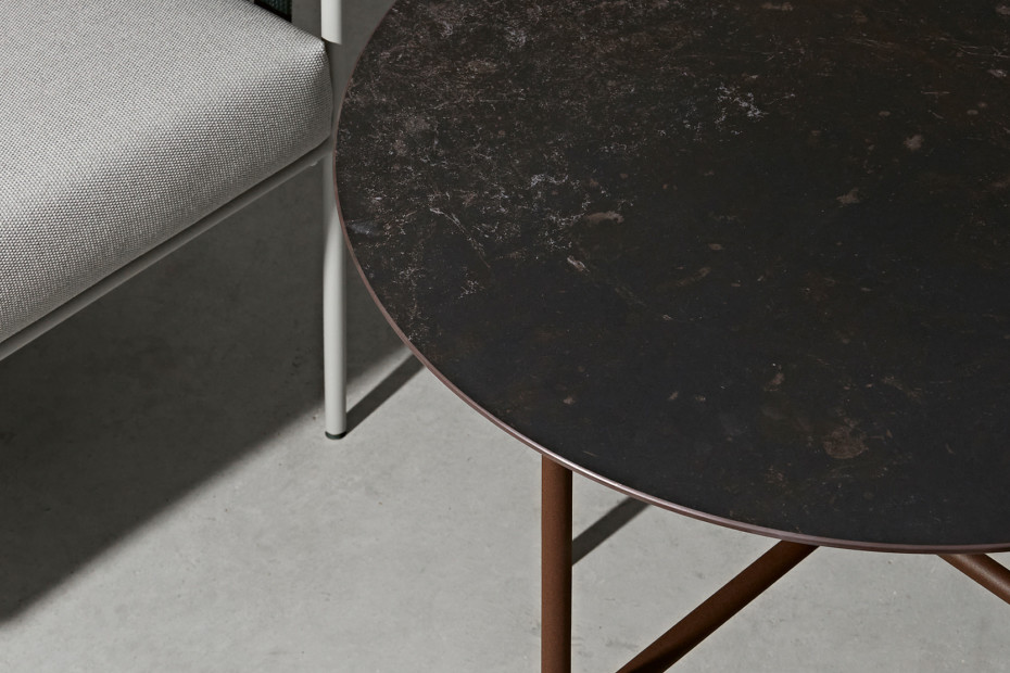 Grada side table C910