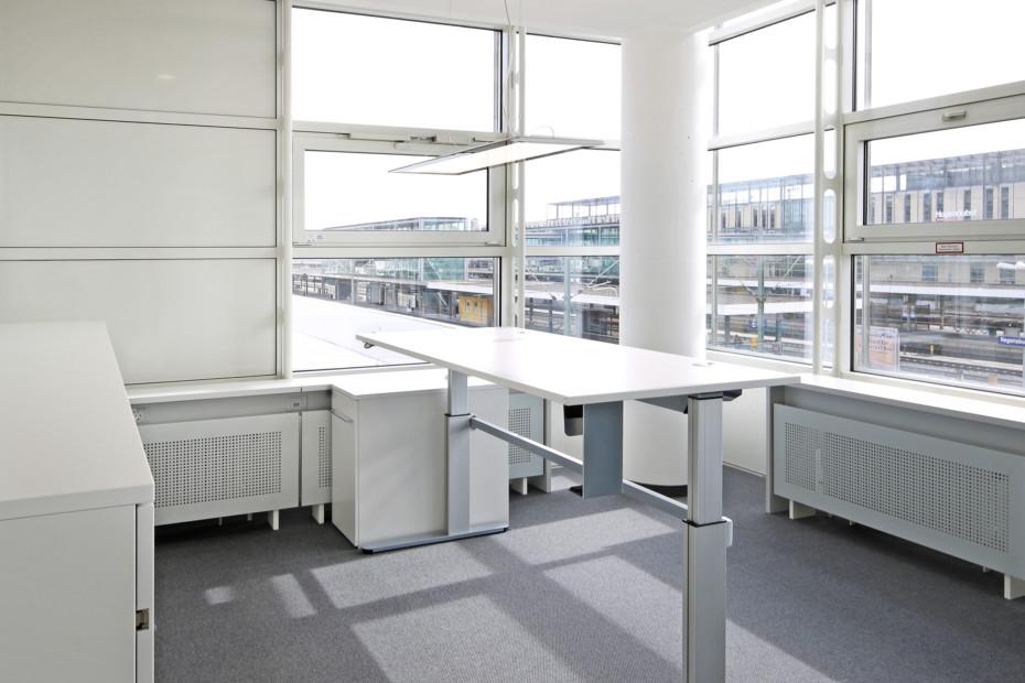 Sitz-Steh-Tische