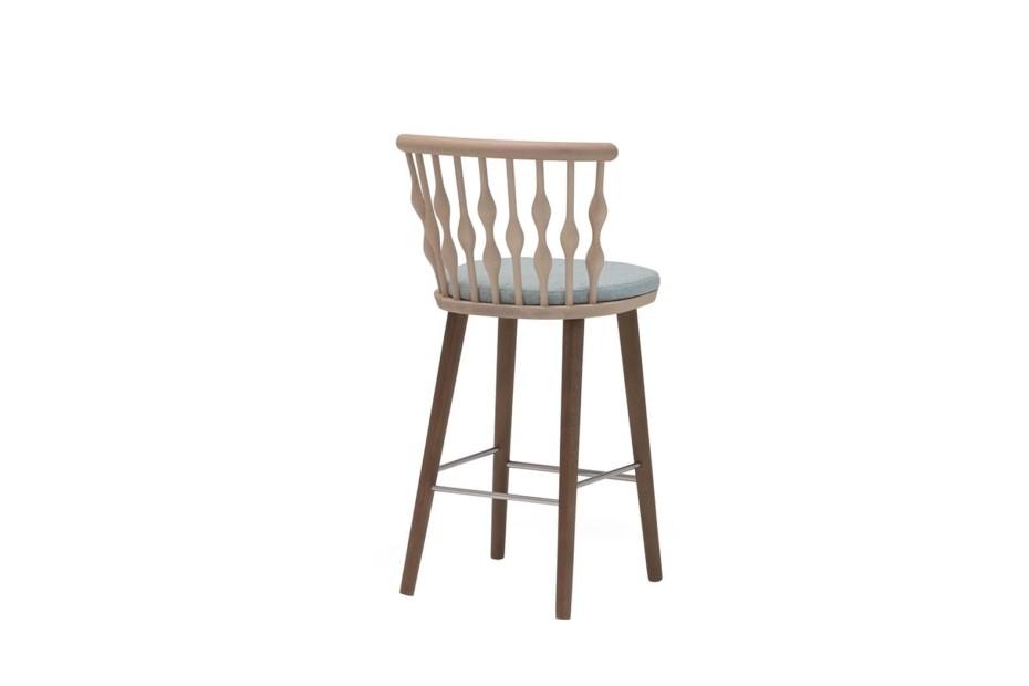 Nub stool