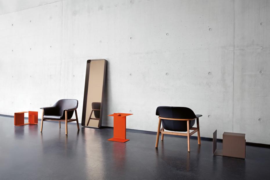 Sedan lounge chair leather