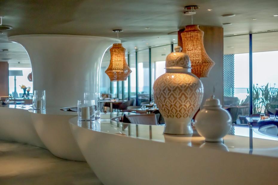 Four Seasons Casablanca 9101. Crystal White +