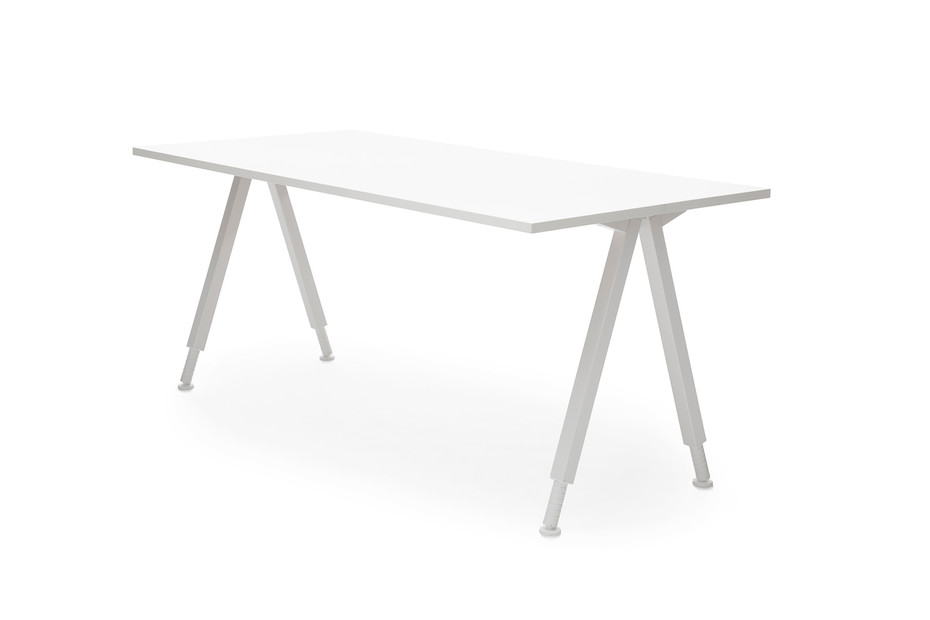 Alku table A-legs