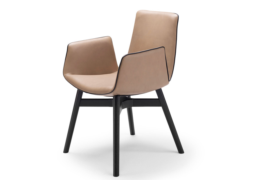 Amelie armchair with wooden frame cross