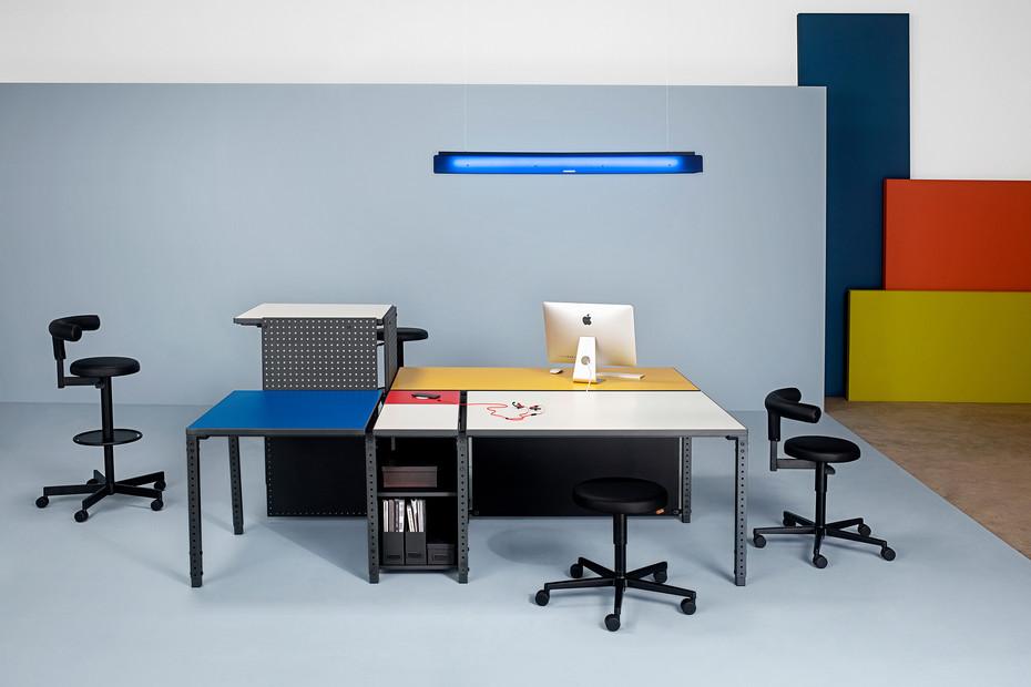 Anatole desk