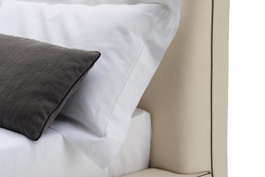 RICHARD Bed