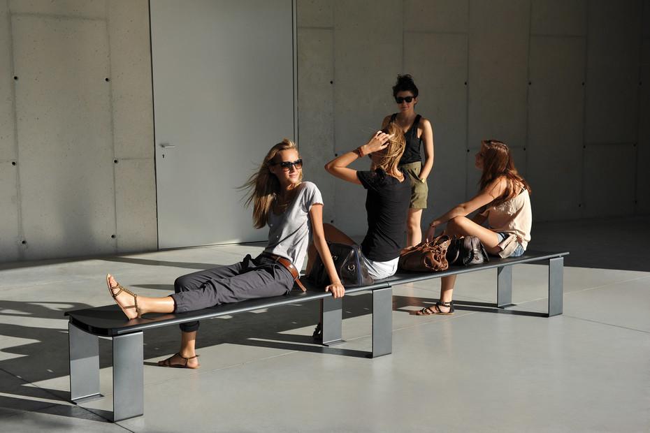 Boo3 bench