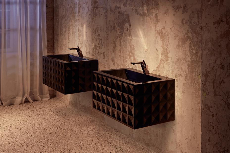 BETTELOFT ORNAMENT Wall mounted washbasin