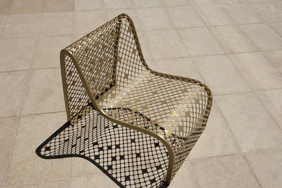 Elinium armchair