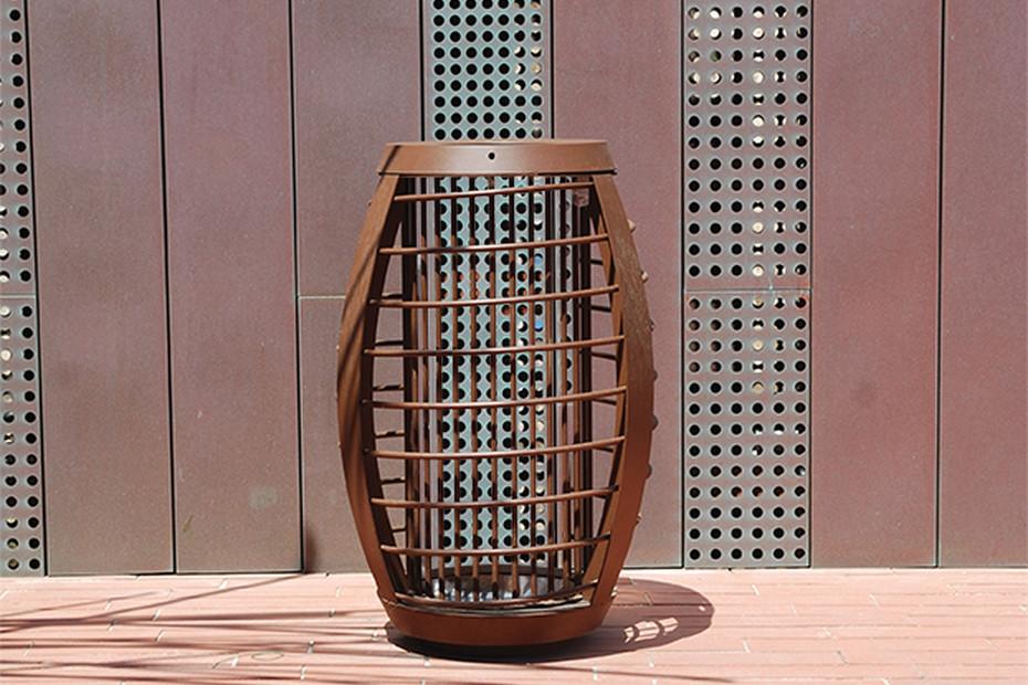 Migration waste basket