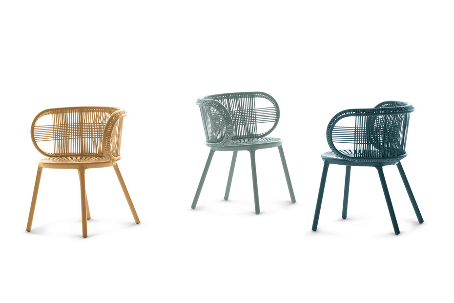 CIRQL armchair