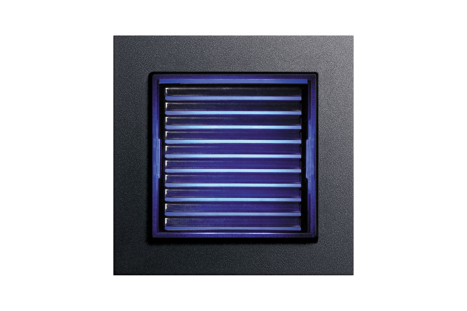 E2 LED orientation light