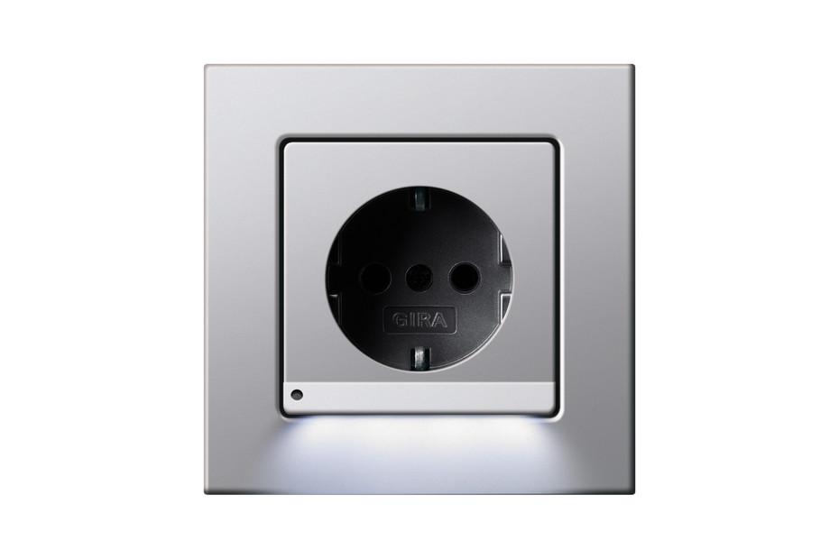 E22 socket with orientation light