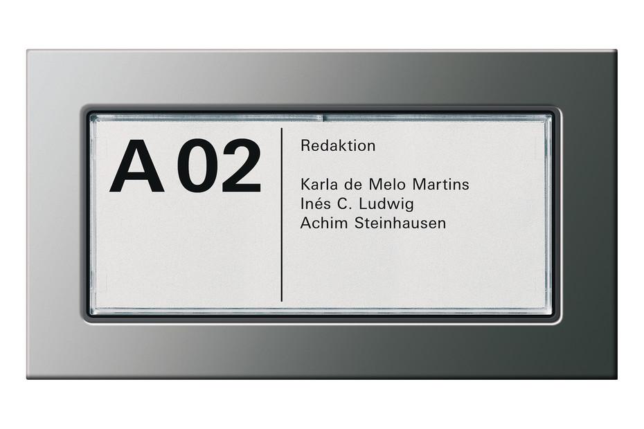 E22 door label
