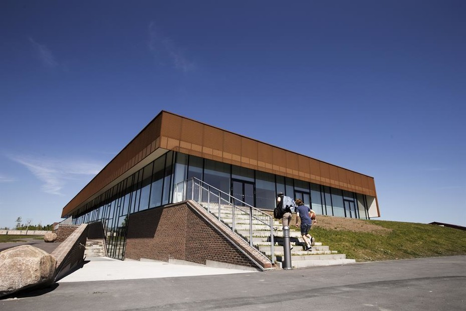 Perforated sun screens in Corten, Sports hall in Ringsted Campus