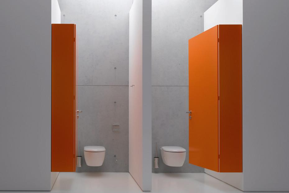 Toilet roll holder finish - chrome