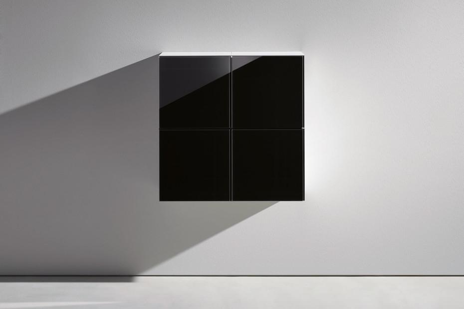 Basic module glass front black