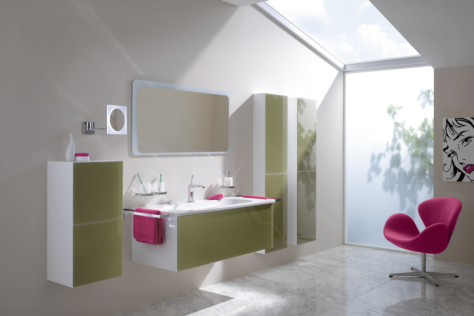 Pull-out cabinet glass front aqua