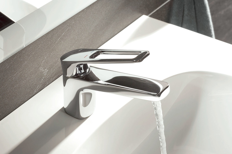 Single lever washbasin mixer tap AQ 950