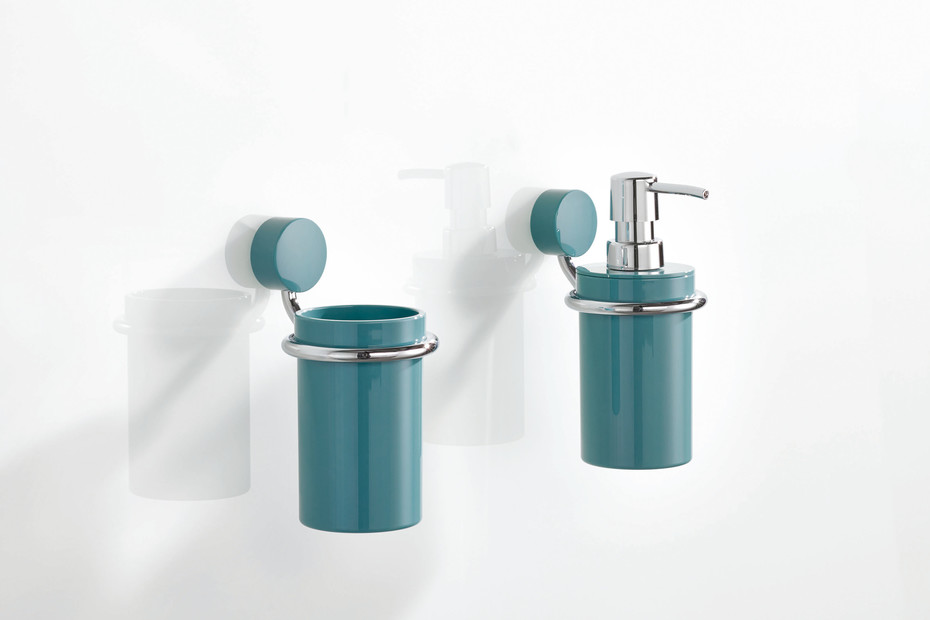 Soap dispenser with holder finish - chrome