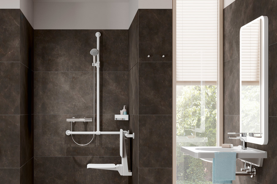 Rail with sideways adjustable vertical support bar and shower head holder