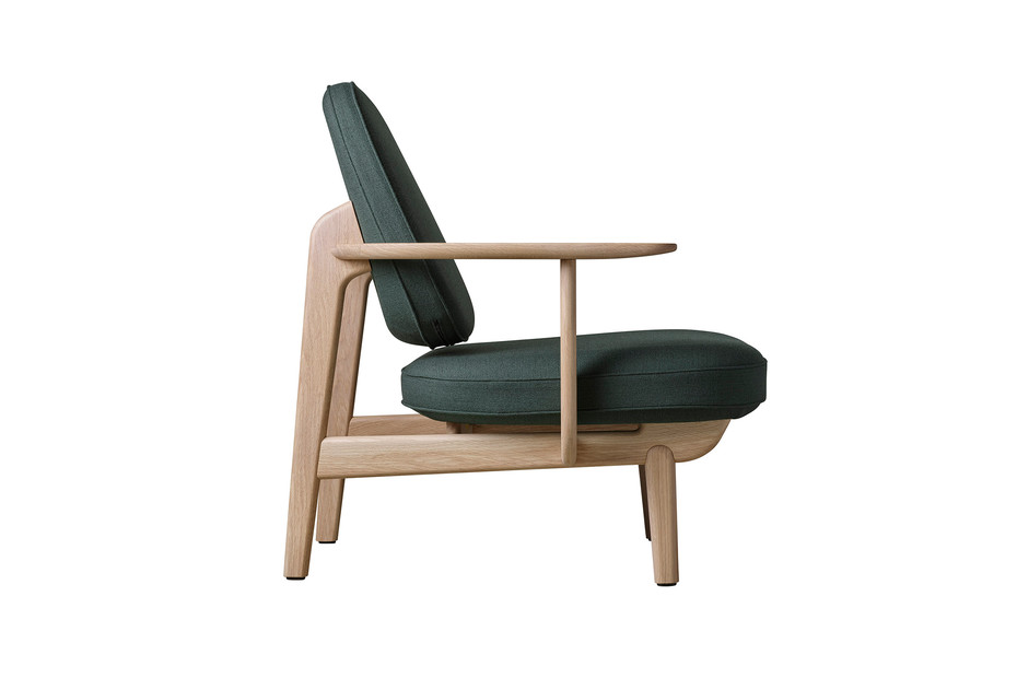 LOUNGE CHAIR JH97™