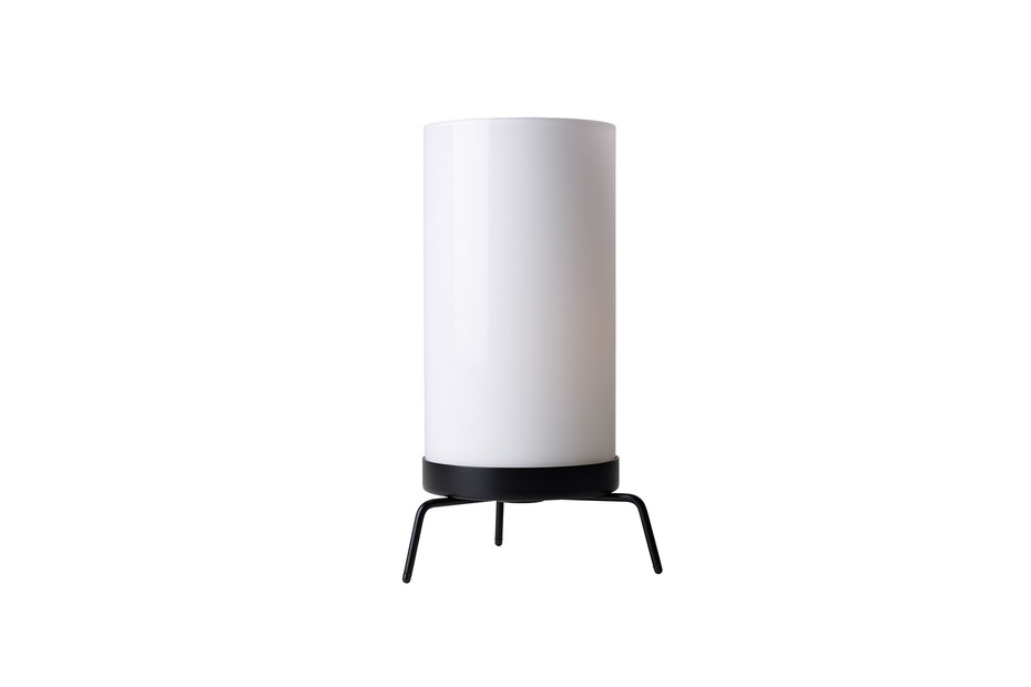 PLANNER™ PM02 table lamp
