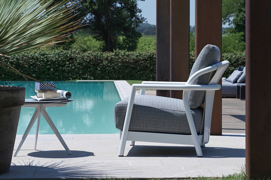 Alison Outdoor armchair