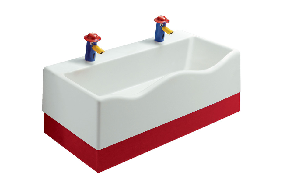 Geberit Bambini play and washing landscape with two washing areas