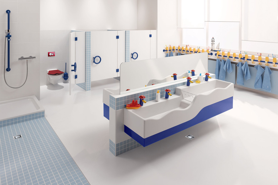 Geberit Bambini play and washing landscape with four washing areas